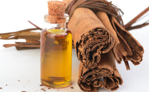 Yeast infection Cinnamon-Essential-Oil